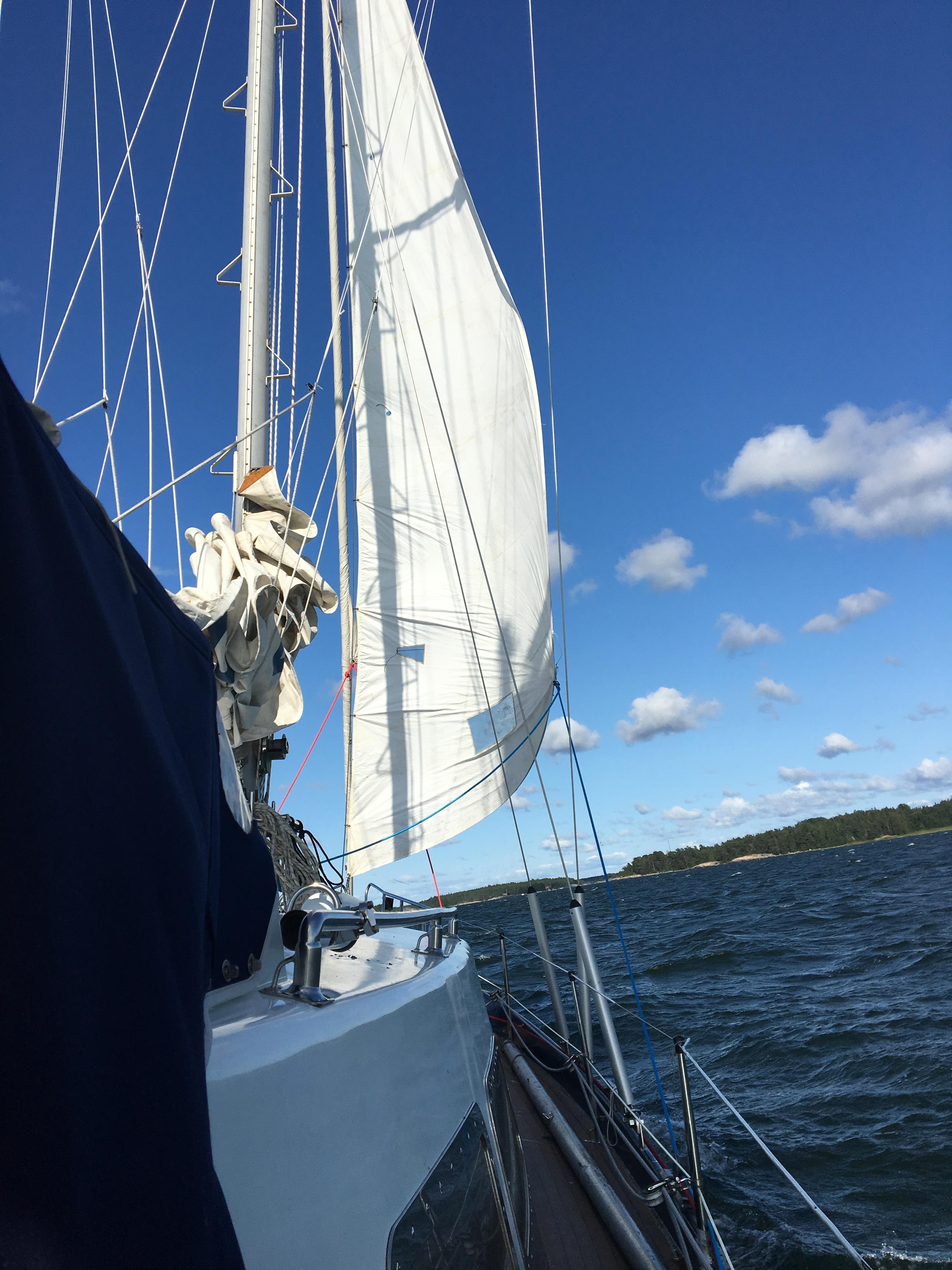 sailboat stockholm archipelago